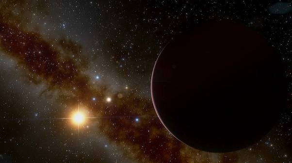 Descoberta de novo exoplaneta gigante