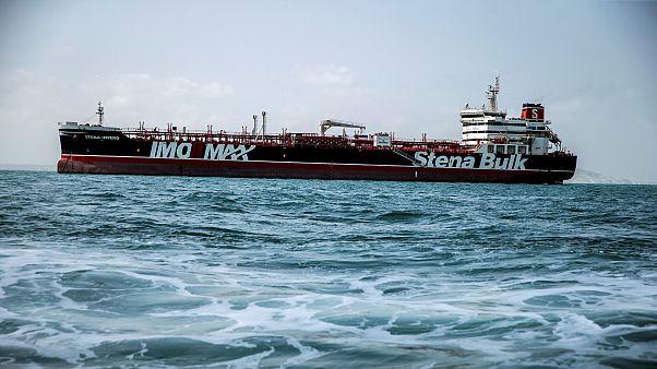 İran 65 gündür alıkoyduğu İngiliz petrol tankerini bıraktı