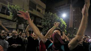 متظاهرون يهتفون بشعارات مناهضة للحكومة، وسط القاهرة، مصر، 21 سبتمبر / أيلول 2019