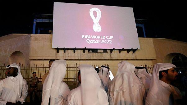قطر: نوشیدنیهای الکلی در دسترس هواداران جام جهانی ۲۰۲۲ خواهد بود
