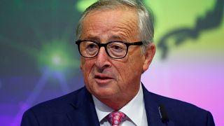 Brexit: Juncker bízik az utolsó pillanatban megegyezésben