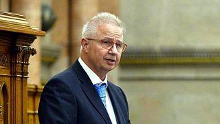 Avrupa Komisyonu genişleme komiserliği adayı Troscanyi'ye AP'den ret