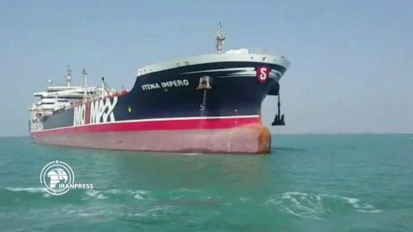 """الناقلة """"ستينا إمبيرو"""" تصل إلى المياه الدولية بعد مغادرتها المياه الإيرانية"""