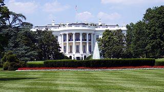 مذكّرة تلزم البيت الأبيض بتقديم وثائق بشأن اتصال أوكرانيا
