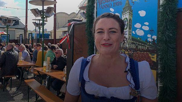 """Munich : """"Vis ma vie de serveuse à l'Oktoberfest"""""""