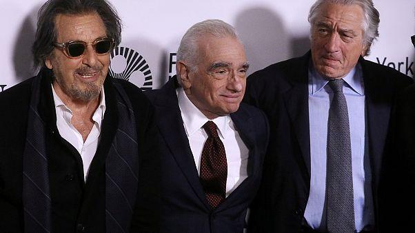 Robert De Niro ve Al Pacino'yu bir araya getiren 'The Irishman' filmi eleştirmenlerden tam not aldı