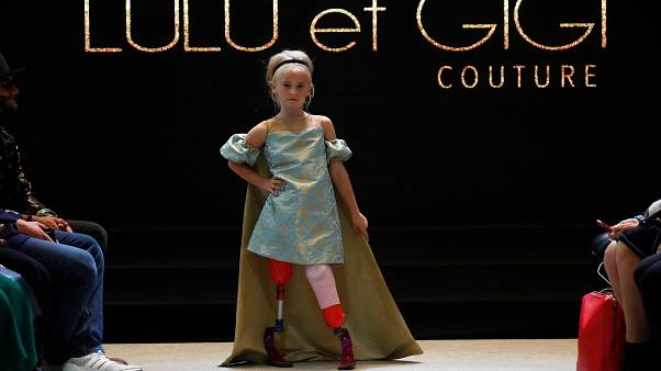 الطفلة دايزي في أسبوع الموضة بباريس