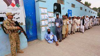 Jornada electoral en Afganistán bajo la amenaza de los talibanes