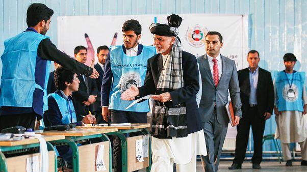 انتخابات ریاست جمهوری افغانستان تحت تدابیر شدید امنیتی آغاز شد