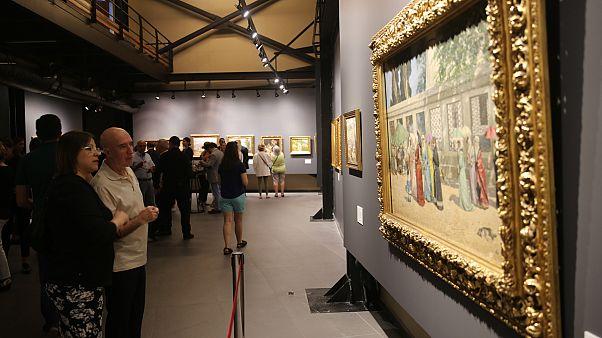 """Osman Hamdi Bey'in """"Kur'an Okuyan Kız"""" eseri 6 milyon 315 bin sterline satıldı"""