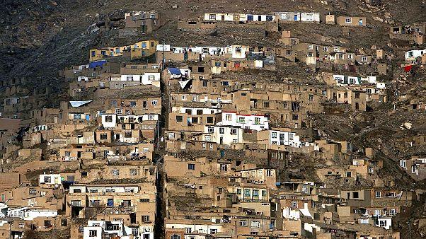 المراحل التي مرت بها أفغانستان منذ سقوط نظام طالبان عام 2001