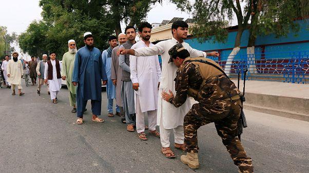 Afghanistan: vince la paura di votare