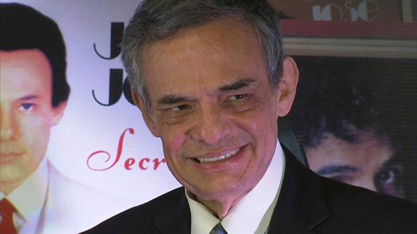México llora la muerte de José José, 'el príncipe de la canción'