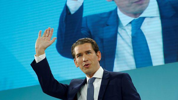 Avusturya'da erken seçimlerin ilk sonuçlarına göre yarışın galibi Sebastian Kurz