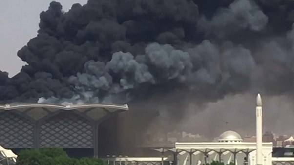 Tűz egy szaúdi vasútállomáson