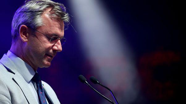 "FPÖ stürzt auf 16 % ab - Häme im Internet: ""Go to Ibiza"""