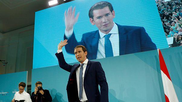 انتخابات پارلمانی اتریش؛ پیروزی محافظه کاران به رهبری کورتس
