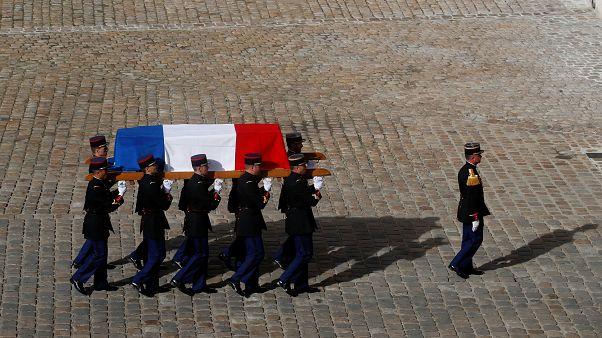 Fransızlar Chirac'ı son yolculuğuna uğurluyor: Dünya liderleri Paris'te buluştu