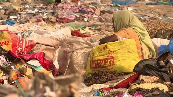 L'Inde bannit le plastique à usage unique du pays
