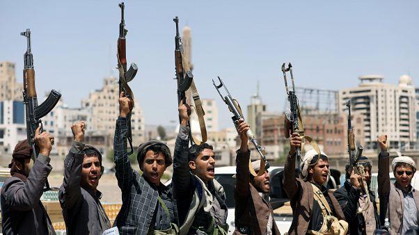 Yemen: Husiler 300'e yakın esiri serbest bıraktı