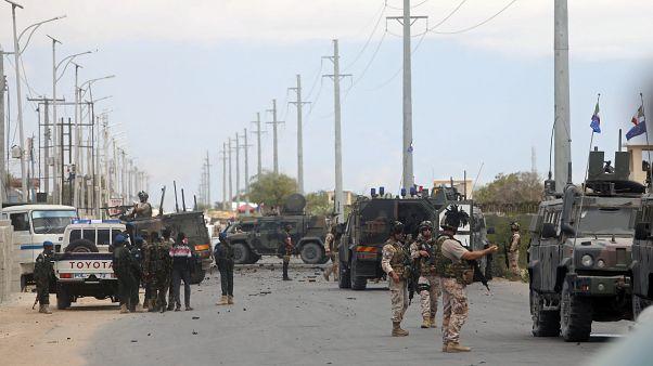 Somali'de konuşlu Amerikan ve İtalyan askerlerine çifte bombalı saldırı