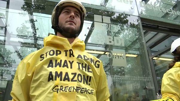 Greenpeace protestiert gegen Mercosur-Abkommen