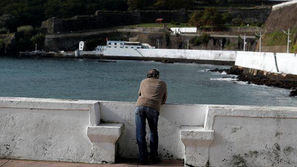 """Açores na rota do furacão """"Lorenzo""""."""