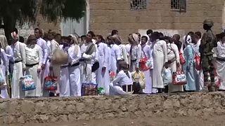 Foglyok százait engedik el a jemeni húszi lázadók