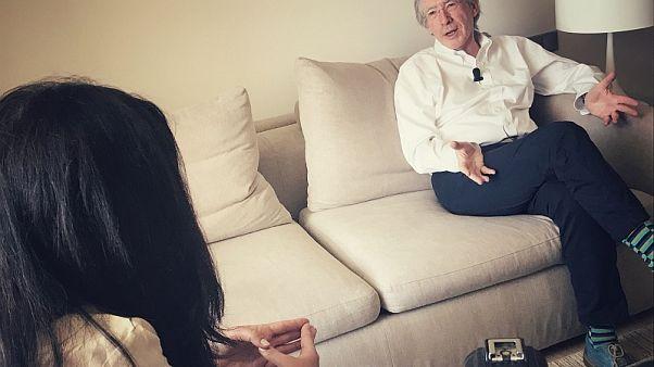 Ο Βρετανός συγγραφέας Ίαν Μακ Γιούαν μίλησε στο Euronews
