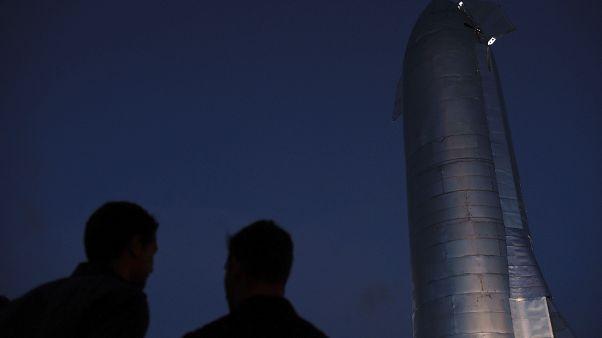 Το «Αστρόπλοιο» του Μασκ που θα ταξιδέψει σε Σελήνη και Άρη