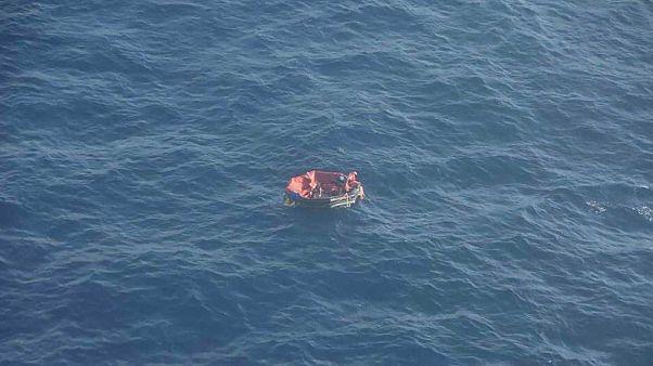 Radeau de sauvetage pris en photo par la Marine nationale française, le 28 septembre 2019