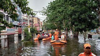 Ινδία: Αυξάνεται ο αριθμός των νεκρών από τις φονικές πλημμύρες