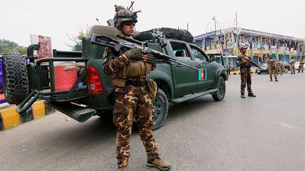 Afganistan'da Taliban karakola saldırdı: 11 polis hayatını kaybetti