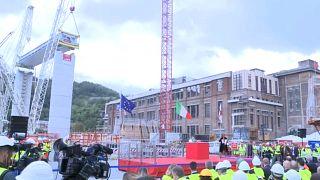Neue Brücke in Genua nimmt Gestalt an