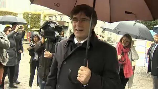 Puigdemont participa em protesto catalão em Bruxelas