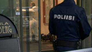 Schwertangriff in Finnland: Eine Tote und 10 Verletzte