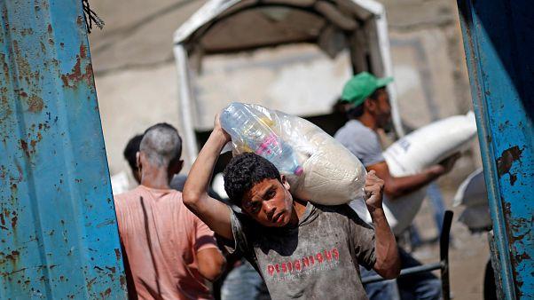 """مصدر ينفي ليورونيوز اعتزام المفوضية الأوروبية تخفيض مساعدتها لـ""""الأونروا"""""""