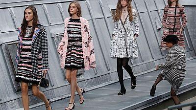 Intruder crashes Chanel catwalk, Paris Fashion Week
