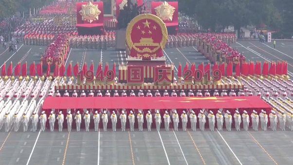 Espectacular desfile por el 70 aniversario de la República Popular China