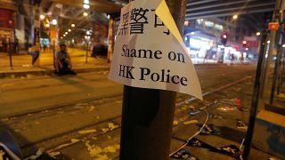 Hongkong: Polizei schießt mit scharfer Munition