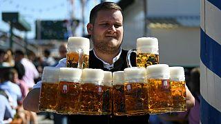 سبقت آلمان و فرانسه از روسیه؛ مصرف الکل روسها ۴۳ درصد کاهش یافت