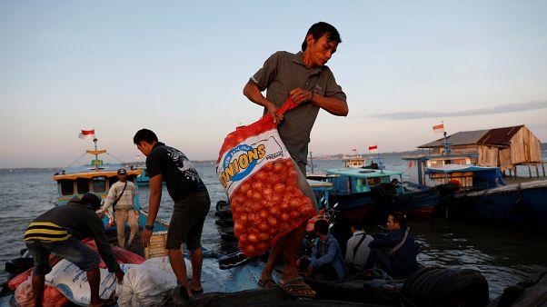 Hindistan'ın ihracat yasağı sonrası soğan fiyatları Asya'da göz yaşartıyor