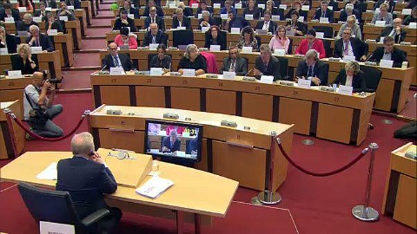 Еврокомиссары не убедили депутатов
