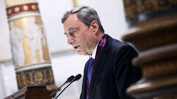 Draghi pide estímulos para animar el crecimiento de la eurozona