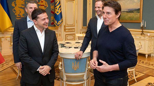 """Όταν ο Τομ Κρουζ συνάντησε τον """"συνάδελφο"""" του Ουκρανό Πρόεδρο"""