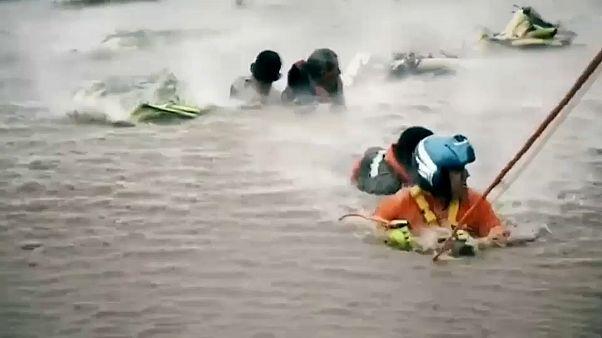 La tormenta Narda obligó a un rescate extremo en las inundaciones del estado mexicano de Jalisco