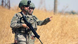 ABD ile yürütülen ortak kara devriyesi kapsamında Tel Abyad yakınlarında görev yapan Türk askerleri