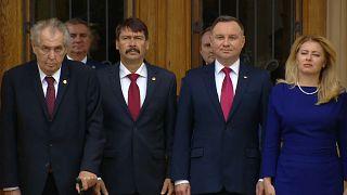 Grupo de Visegrado reunido na República Checa