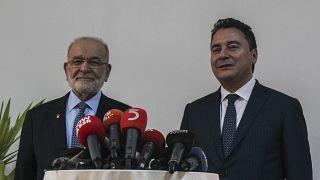 """Saadet Partisi Genel Başkanı Temel Karamollaoğlu, """"Türkiye'nin geleceği için lider ziyaretleri"""" kapsamında eski bakanlardan Ali Babacan ile görüştü"""