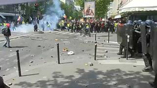 Violence erupts at Paris May Day march as protesters clash with police